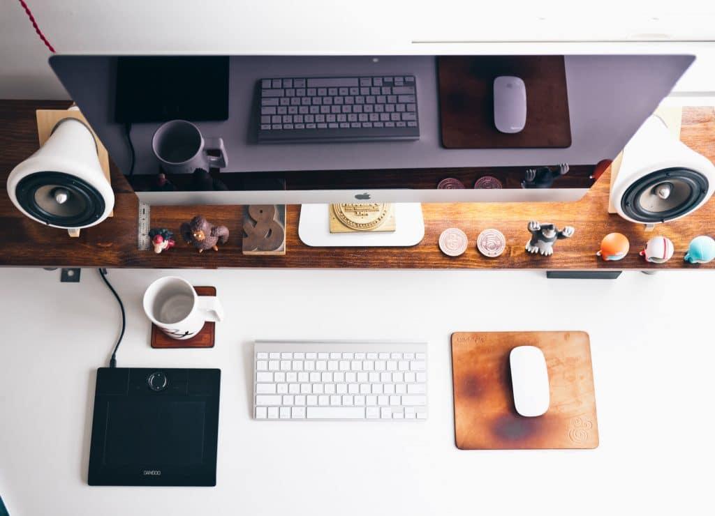 Clean Desks Make Happier Offices